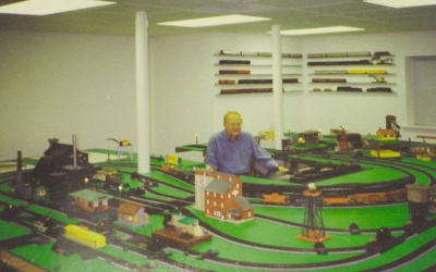 Tom Robinson and his American S Gauge layout